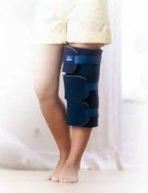 Actimove Post Trauma Knee Dressing Universal Size [Pack of 1]